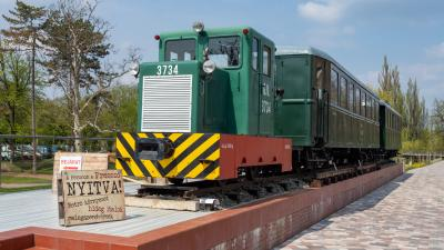 190410JV-1921